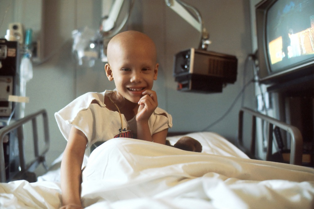 young_girl_receiving_chemotherapy._by_national_cancer_institute_unsplash.jpg